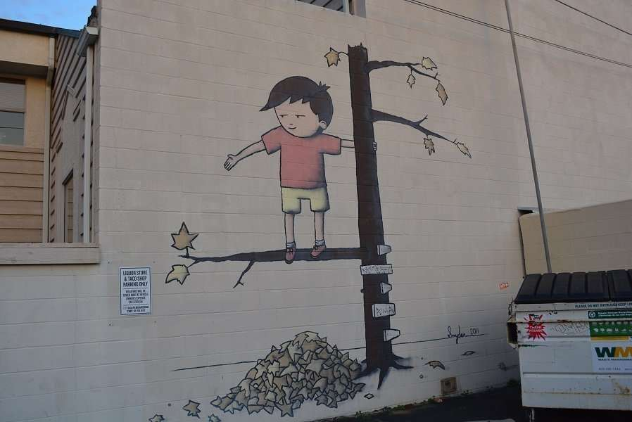 A mural near where the lighting took place.